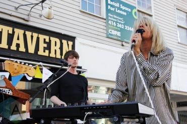 Dear Rouge performing at the Horseshoe Tavern in Toronto on June 9, 2016. (Photo: Kylee Winn/Aesthetic Magazine)