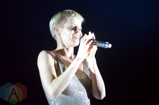 Robyn performing at Field Trip 2016 in Toronto on June 5, 2016. (Photo: Justin Roth/Aesthetic Magazine)