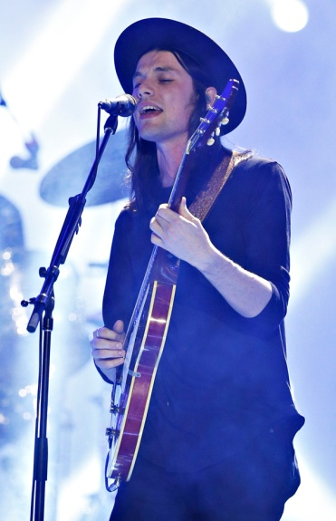 James Bay performing at the 2016 iHeartRadio MMVAs in Toronto on June 19, 2016. (Photo: Courtesy of Much)