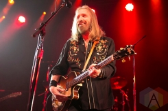Tom Petty of Mudcrutch performing at the Fillmore in San Francisco on June 19, 2016. (Photo: Raymond Ahner/Aesthetic Magazine)