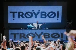 Troyboi performing at FVDED in the Park at Holland Park in Surrey, BC on July 3, 2016. (Photo: Timothy Nguyen/Aesthetic Magazine)