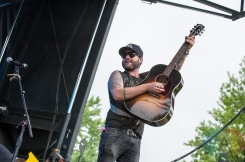 Them Dang Rattlers performing at the CMT Music Fest on July 9, 2016. (Photo: Orest Dorosh/Aesthetic Magazine)