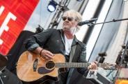 Tom Cochrane performing at the CMT Music Fest on July 9, 2016. (Photo: Orest Dorosh/Aesthetic Magazine)