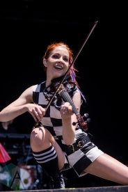 Lindsey Stirling performing at the Wayhome Music Festival on July 23, 2016. (Photo: Brandon Newfield/Aesthetic Magazine)