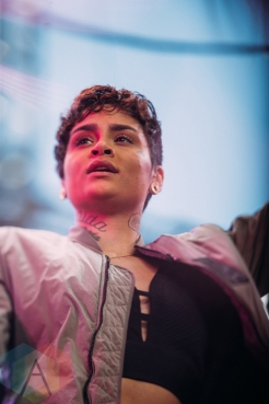Kehlani performing at the Pemberton Music Festival on July 15, 2016. (Photo: Steven Shepherd/Aesthetic Magazine)