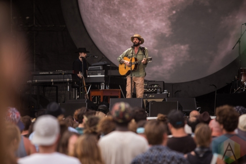 Ray LaMontagne performing at the Wayhome Music Festival on July 24, 2016. (Photo: Brandon Newfield/Aesthetic Magazine)