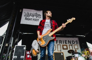 Real Friends performing at Warped Tour 2016 at Jones Beach Theater in Long Island, New York on July 9, 2016. (Photo: Saidy Lopez/Aesthetic Magazine)
