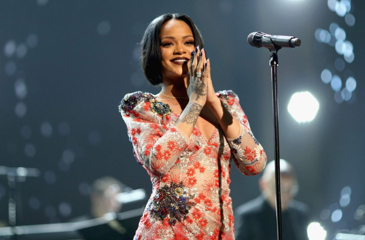 Rihanna performs during the 2016 MusiCares Person of the Year honoring Lionel Richie at the Los Angeles Convention Center on February 13, 2016 in Los Angeles, California. (Photo: Christopher Polk/Getty)
