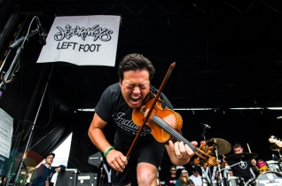 Yellowcard performing at Warped Tour 2016 at Jones Beach Theater in Long Island, New York on July 9, 2016. (Photo: Saidy Lopez/Aesthetic Magazine)