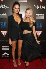 Dominique Piek (L) and Reagan Baker attend the Republic Records afterparty following the 2016 MTV Video Music Awards on August 28, 2016 at Vandal in New York City. (Photo: Rob Kim/Getty)