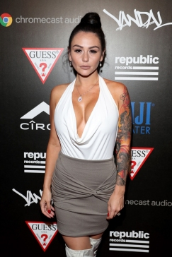 Television personality JWoww attends the Republic Records afterparty following the 2016 MTV Video Music Awards on August 28, 2016 at Vandal in New York City. (Photo: Rob Kim/Getty)