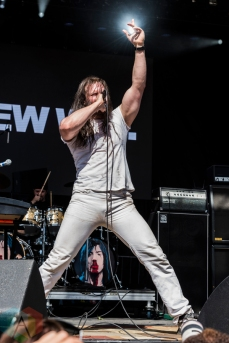 Andrew WK performing at Project Pabst Portland on August 27, 2016. (Photo: Kevin Tosh/Aesthetic Magazine)