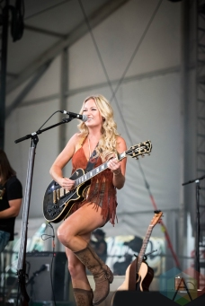 Meghan Patrick performing at the Boots And Hearts Music Festival on August 4, 2016. (Photo: Jeremy Mac Knott/Aesthetic Magazine)