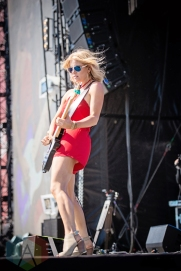 Lindsay Ell performing at the Boots And Hearts Music Festival on August 7, 2016. (Photo: Jeremy Mac Knott/Aesthetic Magazine)