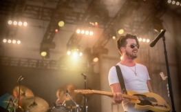 Chase Bryant performing at the Boots And Hearts Music Festival on August 5, 2016. (Photo: Jeremy Mac Knott/Aesthetic Magazine)