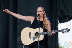 Jessica Mitchell performing at Harvest Picnic 2016 at the Christie Lake Conservation Area in Dundas, Ontario on August 28, 2016. (Photo: Orest Dorosh/Aesthetic Magazine)