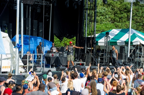 Kardinal Offishall performing at Riverfest Elora on August 20, 2016. (Photo: Orest Dorosh/Aesthetic Magazine)