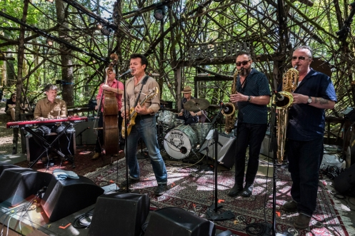 The James Hunter Six performing at Pickathon 2016 in Happy Valley, Oregon on August 5, 2016. (Photo: Kevin Tosh/Aesthetic Magazine)