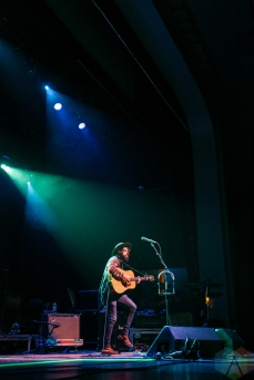 Anthony D'Amato performs at the Danforth Music Hall in Toronto on September 28, 2016 (Photo: Jaime Espinoza/Aesthetic Magazine)