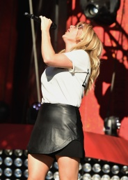 Singer Ellie Goulding performs at the 2016 Global Citizen Festival in Central Park in New York City on September 24, 2016. (Photo: Theo Wargo/Getty)
