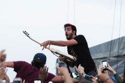 All Time Low performing at Riot Fest Chicago on September 16, 2016. (Photo: Katie Kuropas/Aesthetic Magazine)