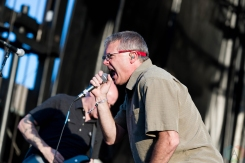 Descendants performing at Riot Fest Chicago on September 17, 2016. (Photo: Katie Kuropas/Aesthetic Magazine)