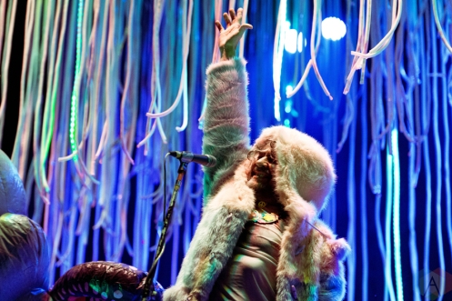 The Flaming Lips performing at Riot Fest Chicago on September 16, 2016. (Photo: Katie Kuropas/Aesthetic Magazine)