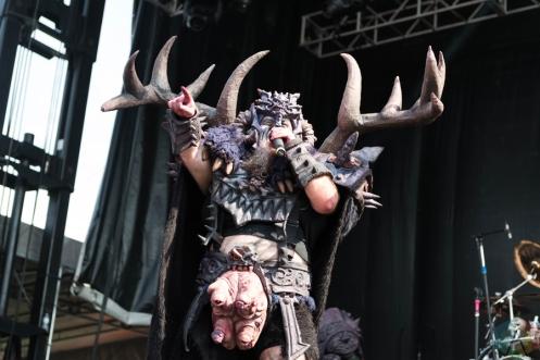 GWAR performing at Riot Fest Chicago on September 16, 2016. (Photo: Katie Kuropas/Aesthetic Magazine)