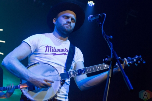 Jared And The Mill performing at Livewire in Scottsdale, Arizona on September 17, 2016. (Photo: Meghan Lee/Aesthetic Magazine)