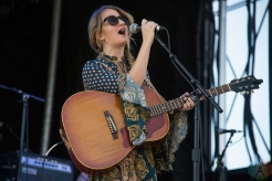 Margo Price performing at the Toronto Urban Roots Festival in Toronto on September 16, 2016. (Photo: Morgan Hotston/Aesthetic Magazine)