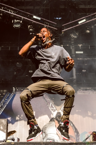 Travis Scott performing at the Made In America Festival at the Benjamin Franklin Parkway in Philadelphia, Pennsylvania on September 4, 2016. (Photo: Saidy Lopez/Aesthetic Magazine)