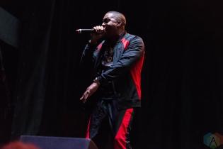 Nas performing at Riot Fest Chicago on September 17, 2016. (Photo: Katie Kuropas/Aesthetic Magazine)