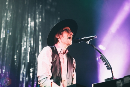 Saint Motel performs at the Venue Nightclub in Vancouver on September 20, 2016. (Photo: Natasha Priya/Aesthetic Magazine)