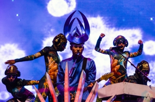 Empire Of The Sun performs at the Meadows Music Festival at Citi Field in Queens, New York on October 1, 2016. (Photo: Saidy Lopez/Aesthetic Magazine)