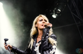 Metric performs at the Meadows Music Festival at Citi Field in Queens, New York on October 2, 2016. (Photo: Saidy Lopez/Aesthetic Magazine)