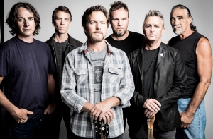 2017 Rock And Roll Hall of Fame inductees Pearl Jam.