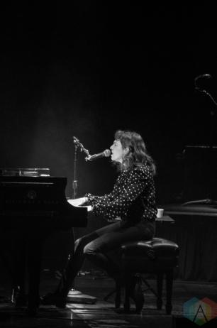 Regina Spektor performs at the Queen Elizabeth Theatre in Toronto on October 20, 2016. (Photo: Janine Wong/Aesthetic Magazine)