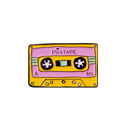 cassette-mixtape-pin-diy