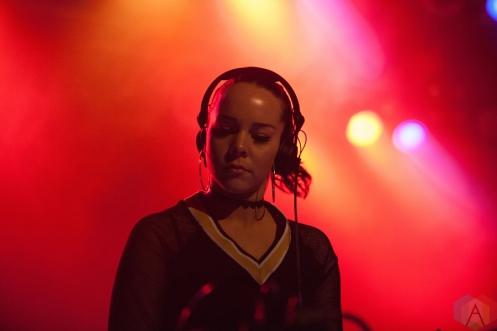 Dena Amy performs at the Phoenix Concert Theatre in Toronto on November 8, 2016. (Photo: Shahnoor Ijaz/Aesthetic Magazine)