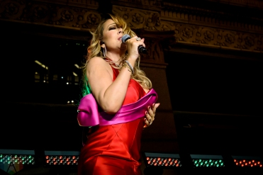 Mariah Carey performs at Hudson's Bay / Saks Fifth Avenue in Toronto on November 3, 2016. (Photo: Angelo Marchini/Aesthetic Magazine)