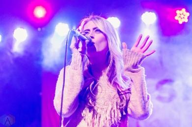 Brooke Eden performs at St. Andrew's Hall in Detroit on December 14, 2016. (Photo: Jennifer Boris/Aesthetic Magazine)