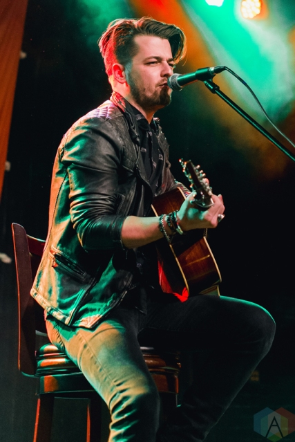 Chase Bryant performs at St. Andrew's Hall in Detroit on December 14, 2016. (Photo: Jennifer Boris/Aesthetic Magazine)
