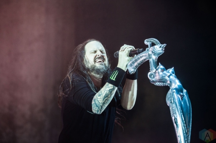 Korn performs at Manchester Arena in Manchester, UK on December 12, 2016. (Photo: Priti Shikotra/Aesthetic Magazine)