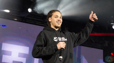 Kweku Collins performs at Reaction NYE at the Donald E. Stephenson Convention Center in Rosemont, IL on December 30, 2016. (Photo: Taylor Ohryn/Aesthetic Magazine)
