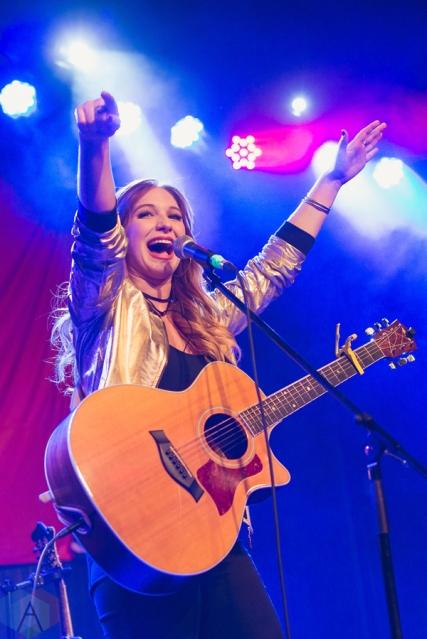 Olivia Lane performs at St. Andrew's Hall in Detroit on December 14, 2016. (Photo: Jennifer Boris/Aesthetic Magazine)