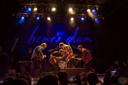 Bear's Den performs at the Phoenix Concert Theatre in Toronto on January 29, 2017. (Photo: Sarah McNeil/Aesthetic Magazine)