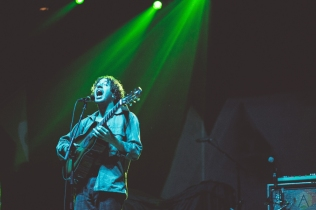 Lewis Del Mar performs at the Palace Theatre in Albany, New York on February 23, 2017. (Photo: Danny DeRusso/Aesthetic Magazine)