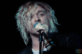 The Griswolds perform at the U Street Music Hall in Washington, DC on February 24, 2017. (Photo: Kathryn DeFrank/Aesthetic Magazine)