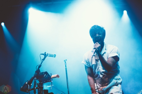Young The Giant performs at the Palace Theatre in Albany, New York on February 23, 2017. (Photo: Danny DeRusso/Aesthetic Magazine)