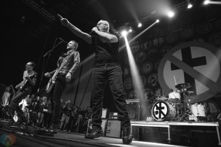 Bad Religion performs at Musink Festival at the OC Fair and Events Center in Costa Mesa, California on March 19, 2017. (Photo: Amanda Witt/Aesthetic Magazine)